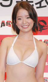 『ミスFLASH2009』グランプリの柳本絵美(C)ORICON DD inc.