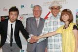 (左から)大岩Larry正志氏、NPB加藤良三コミッショナー、テリー伊藤、千秋 (C)ORICON DD inc.