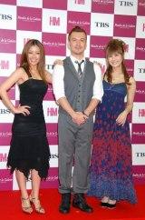 舞台『ムーラン・ドゥ・ラ・ギャレット』制作発表会に出席した、(左から)伊藤由奈、米倉利紀、椿姫彩菜 (C)ORICON DD inc.
