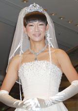 映画「あなたは私の婿になる」公開記念イベントでウエディングドレス姿を披露した虻川美穂子(C)ORICON DD inc.