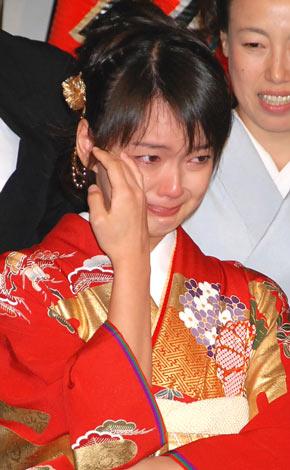 『つばさ』クランクアップセレモニーで、感極まり涙を流す多部未華子 (C)ORICON DD inc.