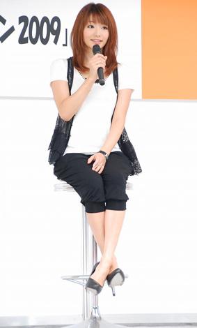 『バイクの日スマイル・オン2009』イベントに登場した、眞鍋かをり (C)ORICON DD inc.