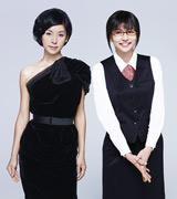 関西テレビ・フジテレビ系ドラマ『リアル・クローズ』主演の香里奈(右)と黒木瞳 (C)関西テレビ