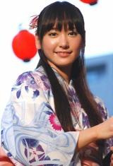 映画『BALLAD 名もなき恋のうた』の盆踊りイベントで、浴衣姿を披露した新垣結衣 (C)ORICON DD inc.