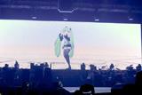 初めてライブ・ステージに登場した初音ミク (C)SEGA/Crypton Future