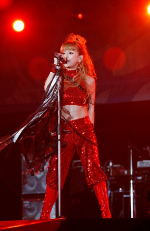 赤い衣装 ※a-nation09