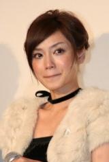 登場から涙目だった平愛梨は、この後も溢れる涙を止めることが出来なかった(C)ORICON DD inc.