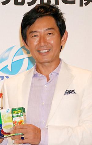 サムネイル 機能性食品素材『アンセリン』配合の新商品発表会にゲストとして登場した石田純一