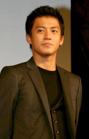 東京大学安田講堂で行われた公開講座『日本コンテンツと海外市場』に特別講師として登壇した小栗旬 (C)ORICON DD inc.
