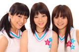 YGA3期生の(左から)花乃由布莉(はなのゆふり)、林沙奈恵(はやしさなえ)、木村まみ(きむらまみ) (C)YOSHIMOTO KOGYO