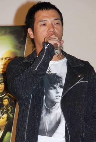 映画『TAJOMARU』の舞台挨拶でステージに登壇したやべきょうすけ (C)ORICON DD inc.