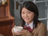 美味しそうにスープを飲む川島海荷の姿が可愛らしい『クノール(R) カップスープ』新CM