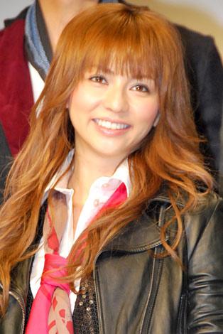 サムネイル ドラマ『リアル・クローズ』の制作発表に出席した香里奈