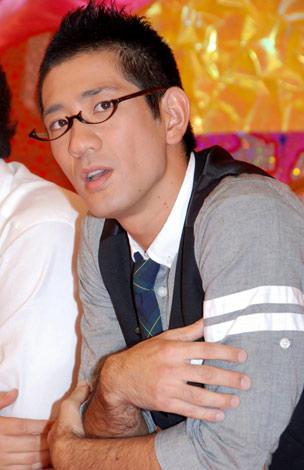 新番組『スター見つけちゃいました!ウェルカムTV』(テレビ東京系)の制作会見に参加した、アンタッチャブルの柴田英嗣 (C)ORICON DD inc.