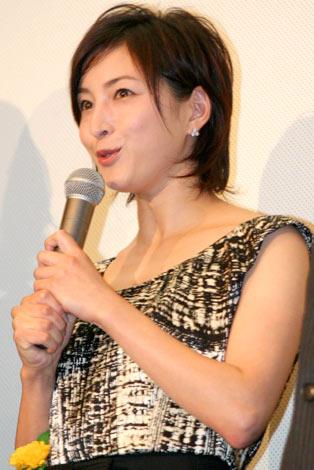 映画『ヴィヨンの妻〜桜桃とタンポポ〜』初日舞台あいさつに登壇した、広末涼子 (C)ORICON DD inc.