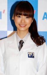 紳士服AOKIの新CM発表会に白衣姿で登場した、上戸彩 (C)ORICON DD inc.
