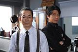 ドラマ『相棒 season8』で共演する(左から)水谷豊、及川光博