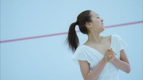 サムネイル 『アジエンス』新CMで「恋をしたい」という想いを表現する浅田真央選手