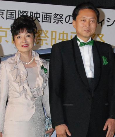 第22回東京国際映画祭のグリーンカーペットに登場した鳩山由紀夫内閣総理大臣と幸夫人 (C)ORICON DD inc.