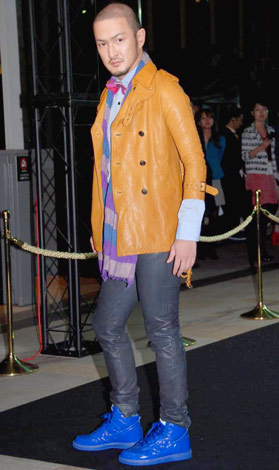 サムネイル 『東京初 日本ファッション・ウィーク』オープニングショーにゲストモデルとして参加した、中村獅童 (C)ORICON DD inc.