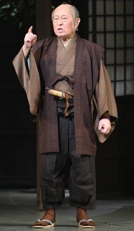 舞台『幸せの行方』夜の部に出演した長門裕之 【代表撮影】