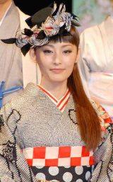 長塚圭史との結婚発表後、初めて公の場に登場した常盤貴子(C)ORICON DD inc.