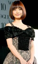 第5回『VOGUE NIPPON Women of the Year 2009 & Decade 2009』授賞式に参加した、上戸彩 (C)ORICON DD inc.