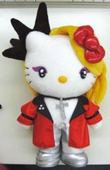 """12月に発売される、赤い衣装をまとった第2弾の""""yoshikitty"""""""