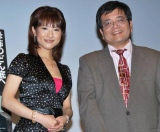 映画『ディセント2』の公開記念トークショーに参加した、(左から)古瀬絵理と森永卓郎 (C)ORICON DD inc.