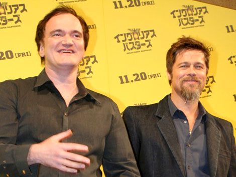 映画『イングロリアス・バスターズ』来日会見に出席したブラッド・ピット(右)とクエンティン・タランティーノ監督 (C)ORICON DD inc.