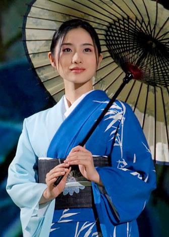 『日本の美を愛でる』着物ファッションショーにモデルとして出演した石原さとみ (C)ORICON DD inc.