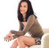 11月11日発売の『anan』で出産後約半年とは思えないスレンダーボディを披露している長谷川京子