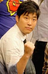 『R-1ぐらんぷり2010』の記者会見に出席したあべこうじ (C)ORICON DD inc.