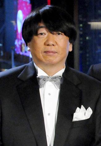 ミュージカル『TALK LIKE SINGING』の記者会見に出席した小西康陽
