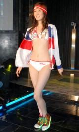 2010年 三愛新作水着ファッションショーの模様 (C)ORICON DD inc.