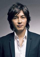 1月スタートの新ドラマ『泣かないと決めた日』に出演する藤木直人