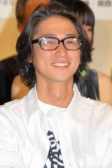 舞台『血は立ったまま眠っている』製作発表会見に出席した窪塚洋介 (C)ORICON DD inc.