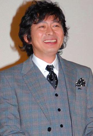 映画『銀色の雨』初日舞台あいさつに登壇した鈴井貴之監督 (C)ORICON DD inc.