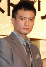舞台『飛龍伝 2010ラストプリンセス』製作発表記者会見に出席した徳重聡 (C)ORICON DD inc.