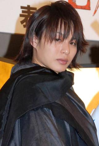 連続ドラマ『新撰組 PEACE MAKER』制作発表会に役衣装で登場した、D-BOYSの荒木宏文 (C)ORICON DD inc.