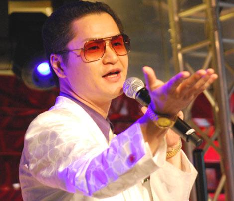 東京ジョイポリスで行われた『カウントダウン パーティー'09-'10』の出演をもって芸能界を引退した鼠先輩
