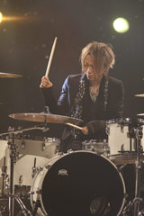 NHKのバンクーバーオリンピックテーマソング オフィシャル映像収録を行ったラルク アン シエル・yukihiro