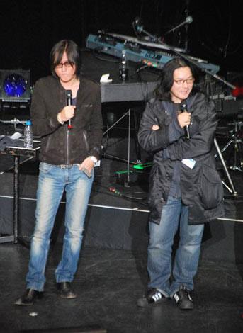 『LANDS LAST LIVE』に参加した(左から)小林武史、岩井俊二 (C)ORICON DD inc.