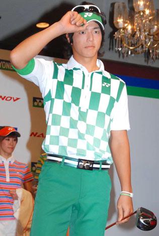 ヨネックスの2010年新製品発表会に出席した石川遼選手 (C)ORICON DD inc.