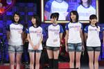 4期生候補たち。左から麻生千恵、泉マリナ、伊藤祐奈、尾島知佳、替地桃子