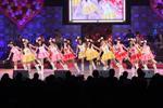 東京厚生年金会館のファンを盛り上げたアイドリング!!!のメンバーたち