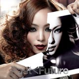 アジア5ヶ国のCDチャートで1位を獲得したオリジナルアルバム『PAST < FUTURE』(CD盤)