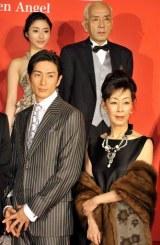 映画『人間失格』の完成披露イベントに出席した(上段左から)石原さとみ、荒戸源次郎監督 (下段左から)伊勢谷友介、大楠道代
