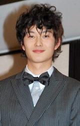 『2010年エランドール賞』新人賞を受賞した岡田将生 (C)ORICON DD inc.
