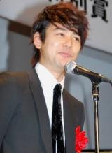 『2010年エランドール賞』授賞式にプレゼンターとして出席した妻夫木聡 (C)ORICON DD inc.